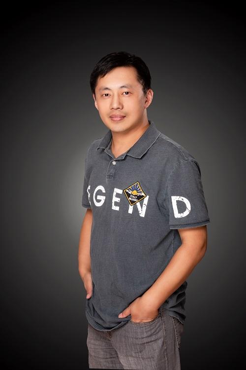 Xiaojian Zhou.jpg